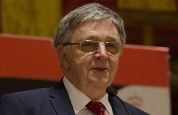 Academia Europaea prize is awarded first to László Lovász