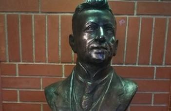 Felavatták Lóczy Lajos szobrát