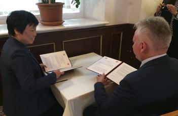 Kínai delegációk az ELTE-n