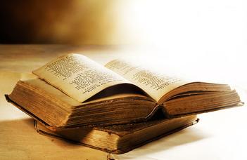 """Ács Pál előadása a """"Nyitott Napok"""" programsorozatban."""