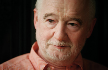 """Nádasdy Ádám professor emeritus előadása a """"Nyitott Napok"""" sorozatban."""