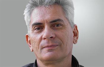 """Cserti József egyetemi tanár előadása a Bolyai Kollégium """"Csütörtök Este"""" sorozatában."""