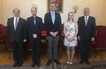 Észt delegáció az ELTE rektoránál