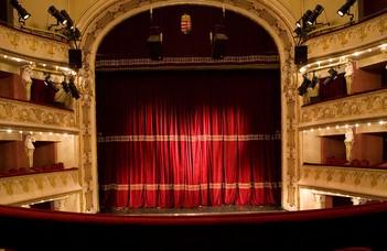Színház és néző