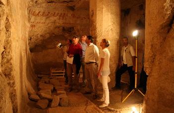 Az ELTE egyiptomi ásatásán járt az államfő