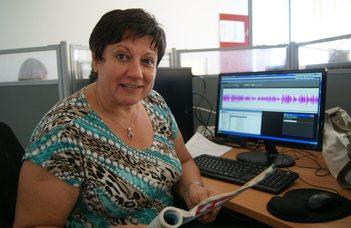 Vágner Mária, az MTVA Kossuth Rádió szerkesztő-műsorvezetője tart előadást az ELTE Nyugdíjasklubban.