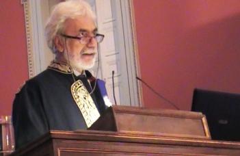 Fokasz Nikosz az athéni Nemzeti és Kapodistrias Egyetem díszdoktora