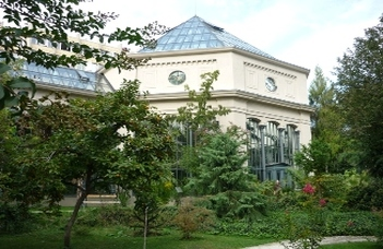 Az ELTE Alumni Központ látogatást szervez a Füvészkertbe.