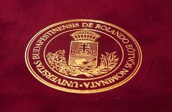 Habilitációs okleveleket adott át az ELTE rektora