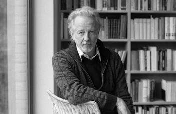 A Néderlandisztika Tanszék könyvbemutatója és kerekasztal-beszélgetése.