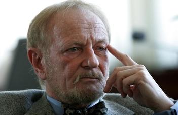 Elhunyt Erdei Árpád