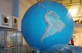 Egyetem megnyitja kapuit: Planetáriumi séta 3.