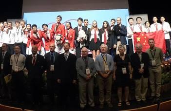 Óriási sikert ért el a magyar fizikaválogatott