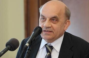 Hamza Gábor elismerése