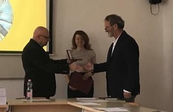 Rangos elismerést kapott az ELTE SEK docense