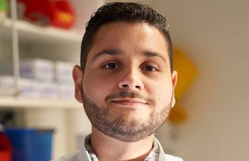 """Kauê M. Costa neuropszichológus előadása a """"Fruits of Ethology"""" sorozatban."""