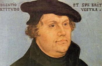 """Hokker Zsolt evangélikus lelkész a """"Csütörtök Este"""" sorozat vendége."""