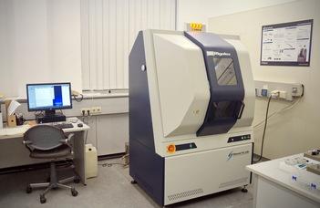 Új műszerek a tudomány szolgálatában az Anyagfizikai Tanszéken