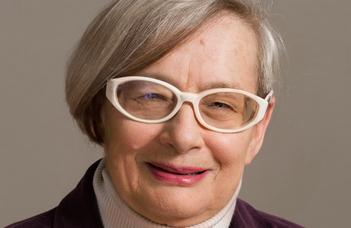 Moholy-Nagy-díjas Passuth Krisztina
