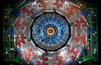 A Higgs-bozon közvetlenül kapcsolódik a legnehezebb kvarkhoz is