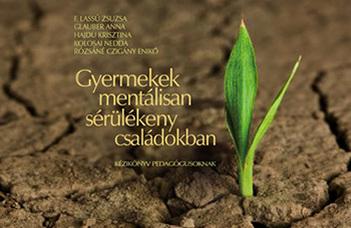 Könyvbemutató a Tanító- és Óvóképző Karon a kötet megjelenése alkalmából.