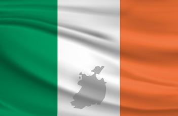 Labáth Ádám geográfus hallgató tart előadást Írországról az ELTE Földrajzos Klubban.