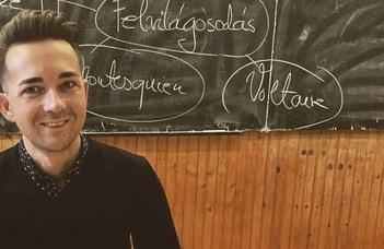 """Az ELTE PhD-hallgatója vehette át """"Az év tanára"""" díjat"""