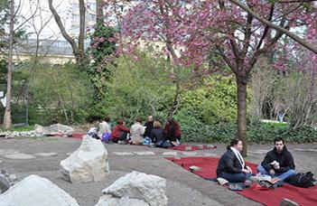 Az ELTE Füvészkertben több éves hagyomány az évente megrendezett Sakura ünnep.