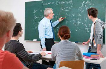 A Tanárképző Központ programja