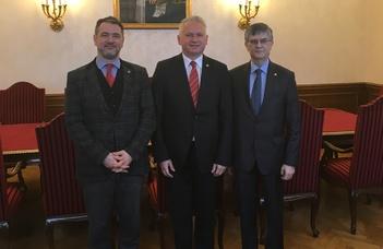 A Bukaresti Egyetem rektora az ELTE-n