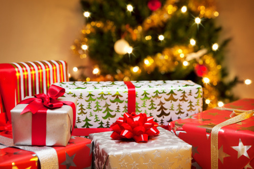 82de6aad74 Mindenki más boldogságpreferenciákkal bír: egy hedonikus örömet kedvelő  embernek vegyünk ilyen ajándékot, aki viszont az értelmes tevékenység révén  éli meg ...