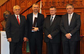 Gábor Dénes-díjat kaptak neves alumnusaink