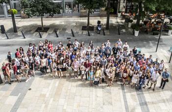 Hallgatói segítőket várnak a 24. ELTE Kárpát-medencei Nyári Egyetemre