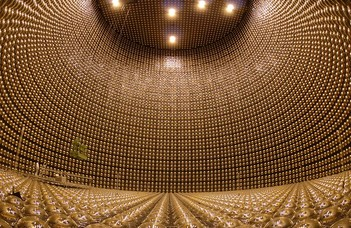 Négymillió éves neutrinók nyomában