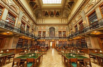 Könyvtár és tankönyvek