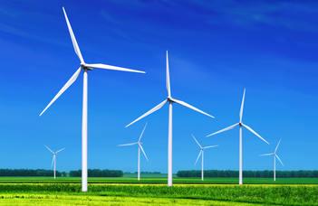 Egyre jobban nő az alternatív energiák szerepe a világban (M1, Ma reggel)