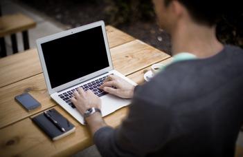 Online vizsgák előkészítése, hallgatók hozzárendelése