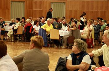 Idén hetedik alkalommal rendezik meg az ELTE PPK aulájában aNyugdíjasklub éves találkozóját.
