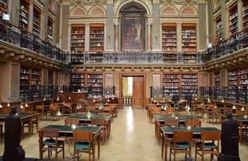 Minősített Könyvtár címet nyert az ELTE Egyetemi Könyvtári Szolgálat