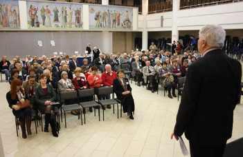 Nagy sikerrel zajlott a Kémia Intézet Alumni találkozója