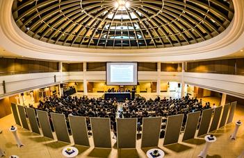 Támogatás nemzetközi konferencia szervezésére