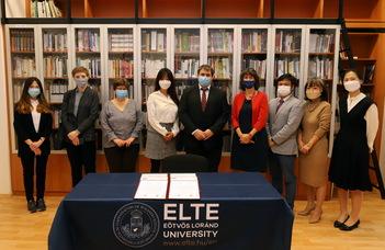 Felavatták az ELTE koreai könyvtárát