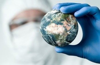 A COVID orvosbiológiai, társadalmi és jogi aspektusai