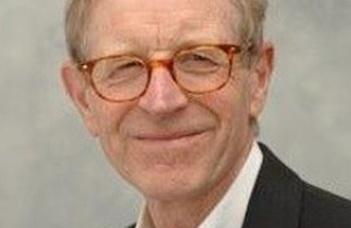 Hugh Beale professzor díszdoktori előadása.
