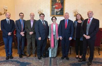 A francia nagykövet látogatása az ELTE-n