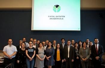 ELTE-sek a Fiatal Kutatók Akadémiáján