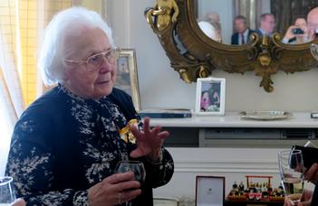 Rangos spanyol kitüntetés Kulin Katalinnak
